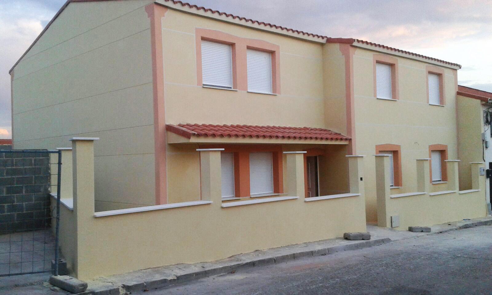 Fachada de vivienda unifamiliar lm reformas albacete for Fachadas de viviendas
