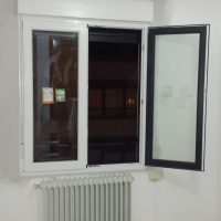 ventana bicolor | Ventana de PVC Kömmerling bicolor